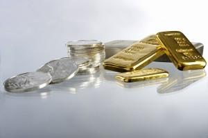 高価な金製品