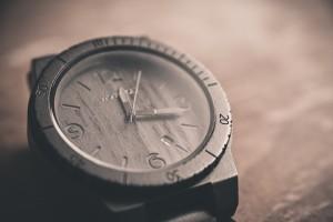watch-690288_640